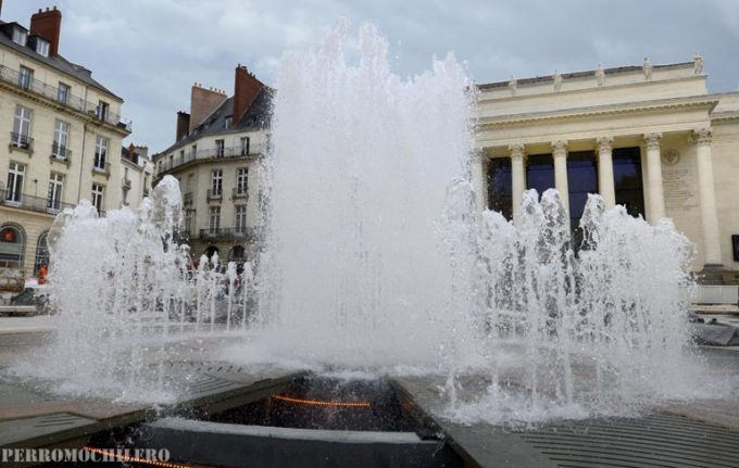 fontaine place Graslin